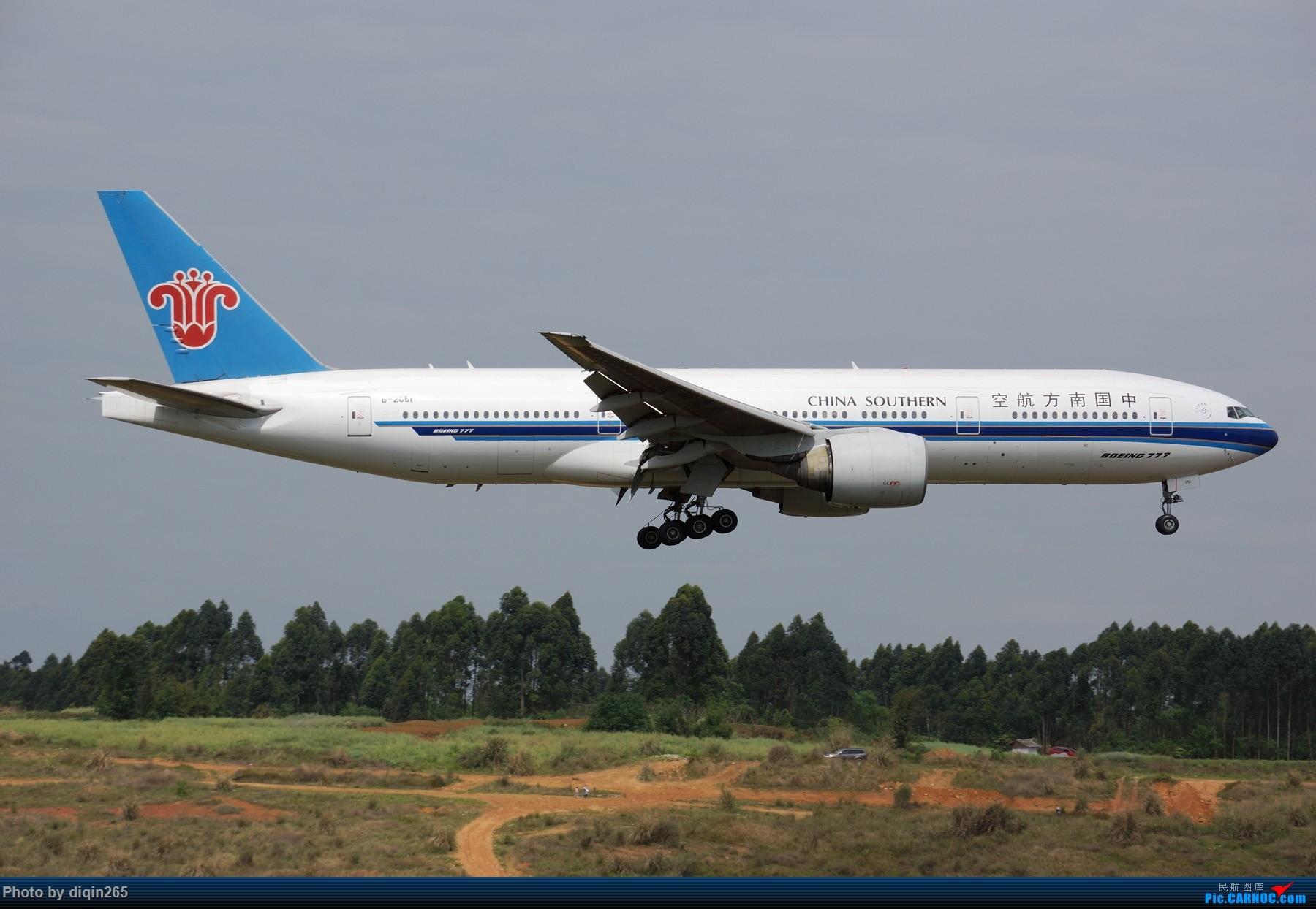 Re:[原创]CTU四月的一个周六 BOEING 777-200 B-2051 中国成都双流国际机场
