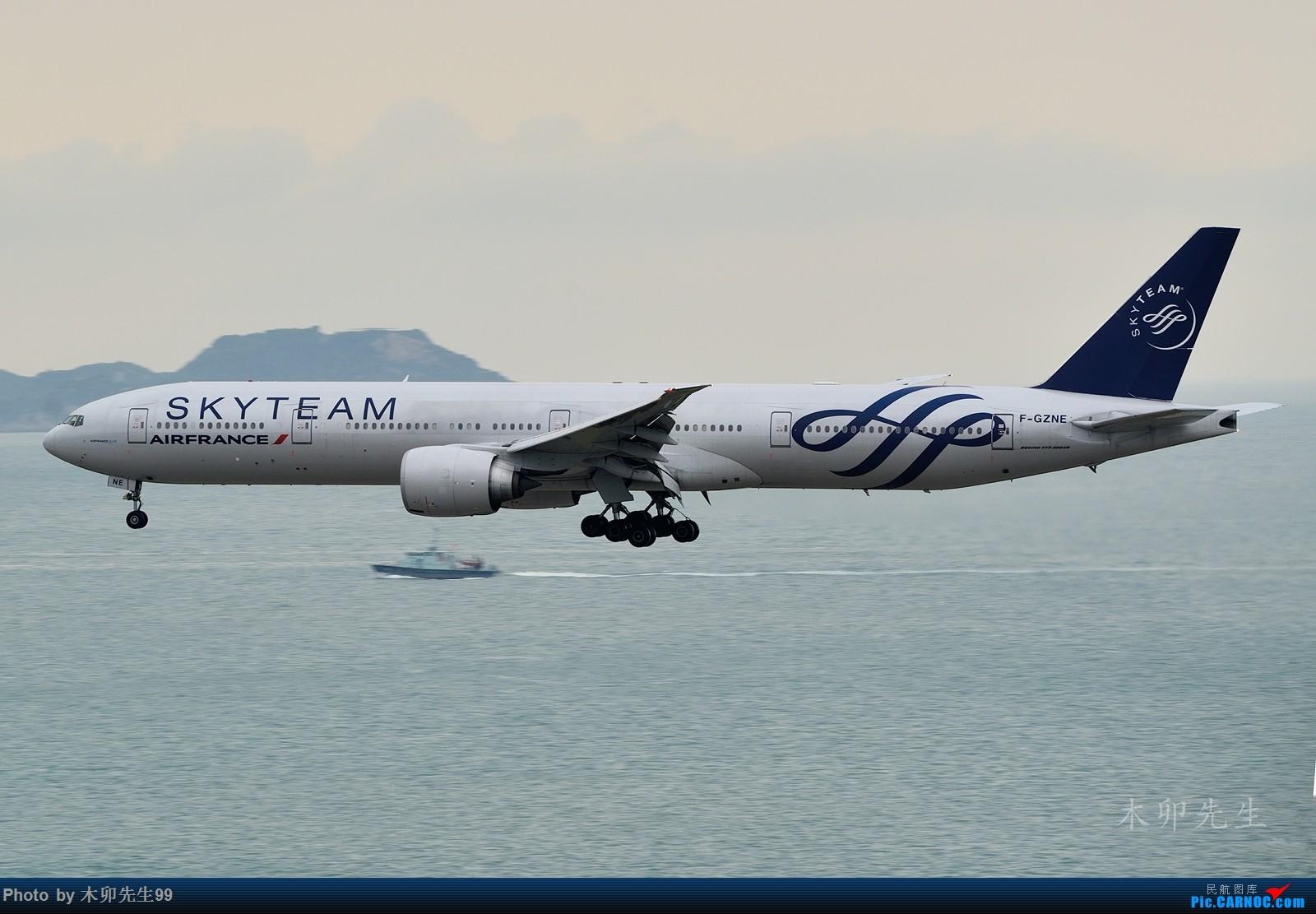 Re:[原创]【木卯先生99】—【2016年香港拍机新发现】—2016 BOEING 777-300ER F-GZNE 香港国际机场