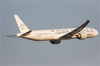 新加坡航空 SQ807 77W 白猩猩9V SWJ,普装9V SWN
