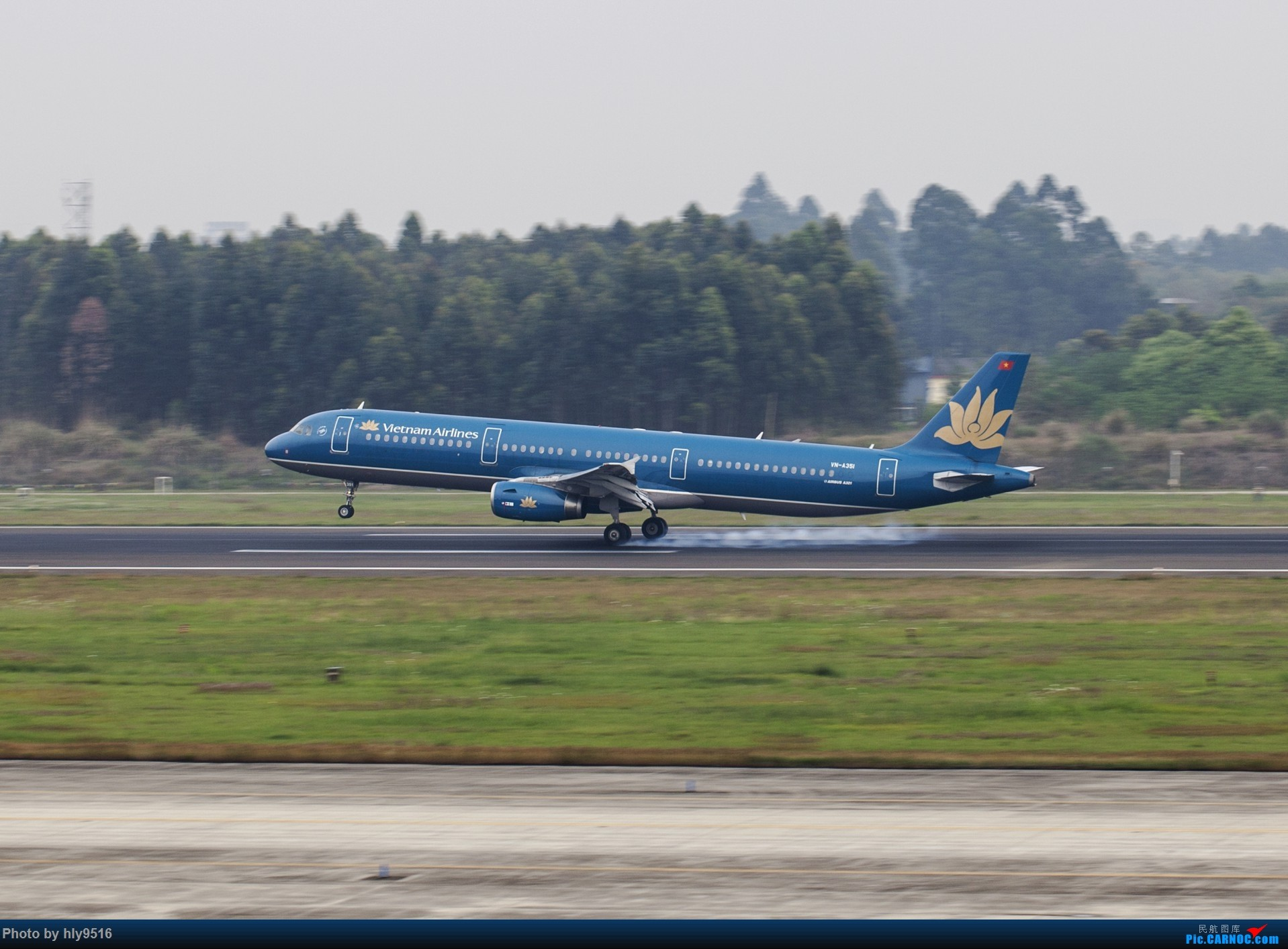 Re:[原创]【CTU】终于解决了大怨念南航A380 偶遇长荣新涂装 两次复飞 小怨念若干 AIRBUS A321-200 VN-A351 中国成都双流国际机场