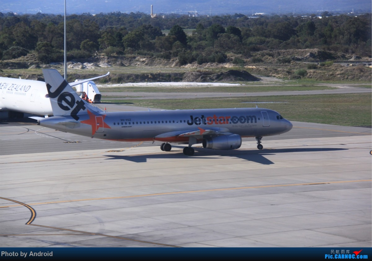 捷星航空的a320从巴厘岛回来了