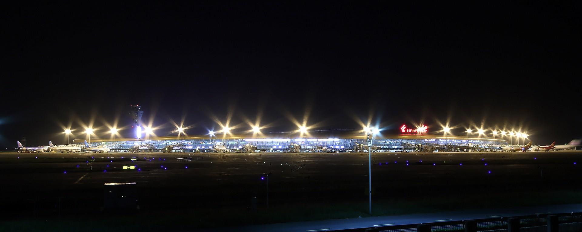 Re:[原创][合肥飞友会]霸都打鸡 找个机会白天打华航 顺便看看期待已久的迪斯尼    中国合肥新桥国际机场