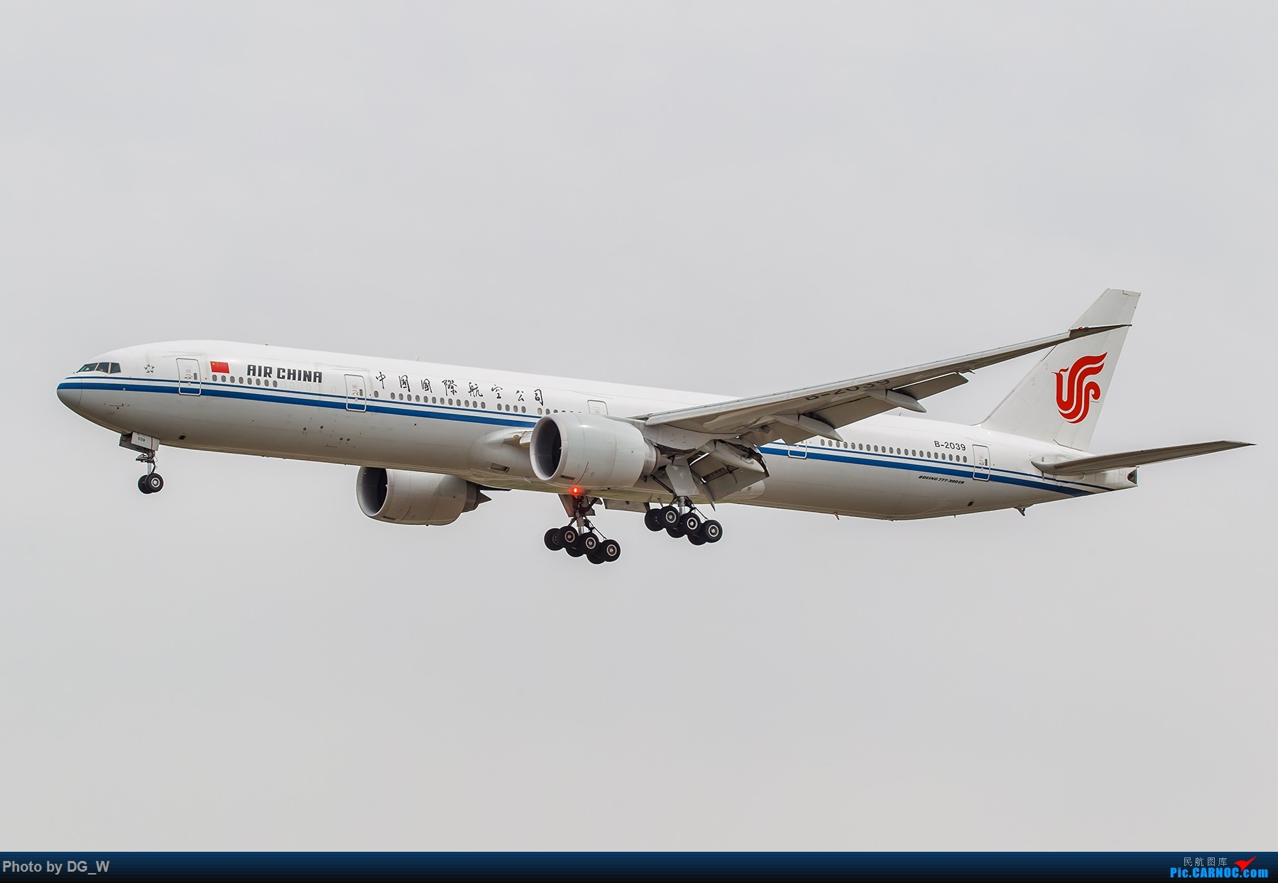 Re:[原创]【南宁飞友】第一次在PEK01跑道拍机 BOEING 777-300ER B-2039 中国北京首都国际机场