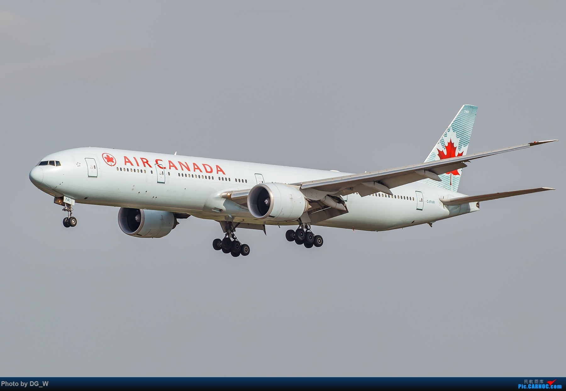 Re:[原创]【南宁飞友】第一次在PEK01跑道拍机 BOEING 777-300ER C-FIVR 中国北京首都国际机场