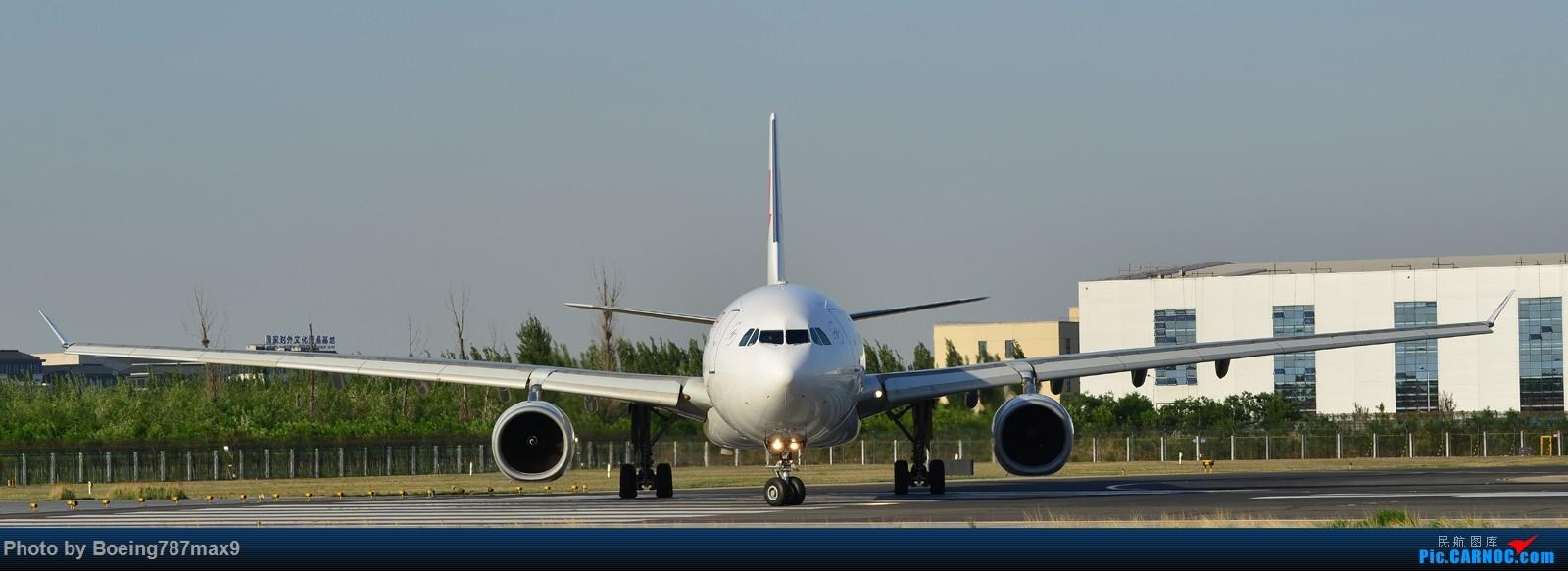 Re:[原创]【PEK】独一无二独特的拍摄角度,超有震撼力的机头『1600*高清大图』 AIRBUS A330-300 B-6128 中国北京首都国际机场