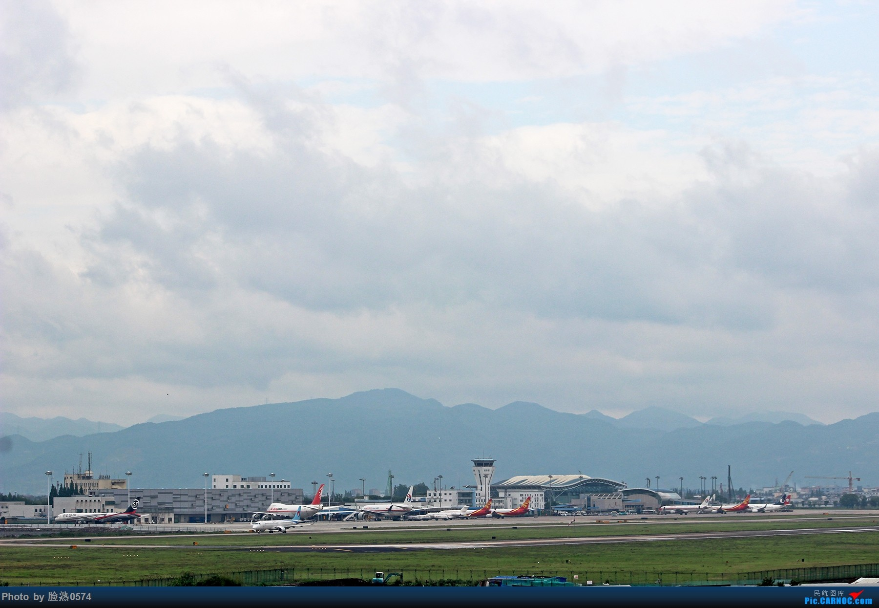 [原创]NGB的777全货机 BOEING 777-200 B-2083 中国宁波栎社国际机场 中国宁波栎社国际机场
