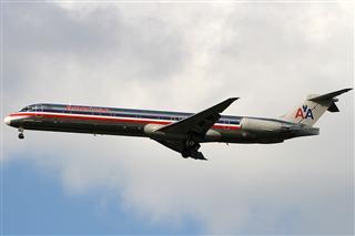 Re:【北美飞友会】阿拉斯加航空迪士尼度假村系列才会之二米老鼠唐老鸭波音737-990傍晚时分降落STL一组