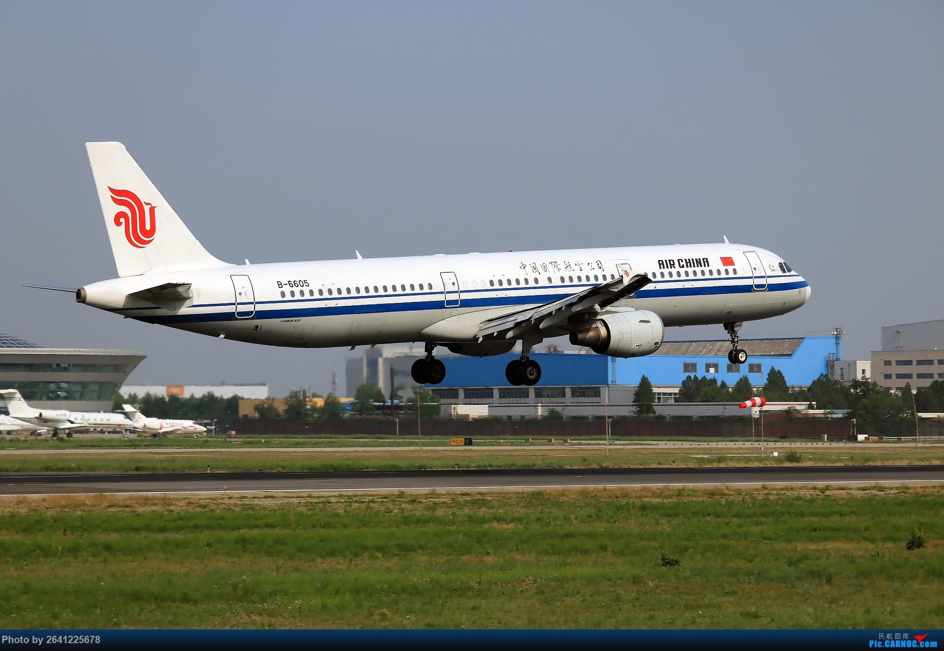 [原��]【PEK】初�痂F匠�I AIRBUS A321-200 B-6605 中��北京首都���H�C��