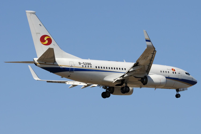 Re:[原创]【PEK】继续炒冷饭,PEK杂图一组 BOEING BBJ1 B-5286 中国北京首都国际机场
