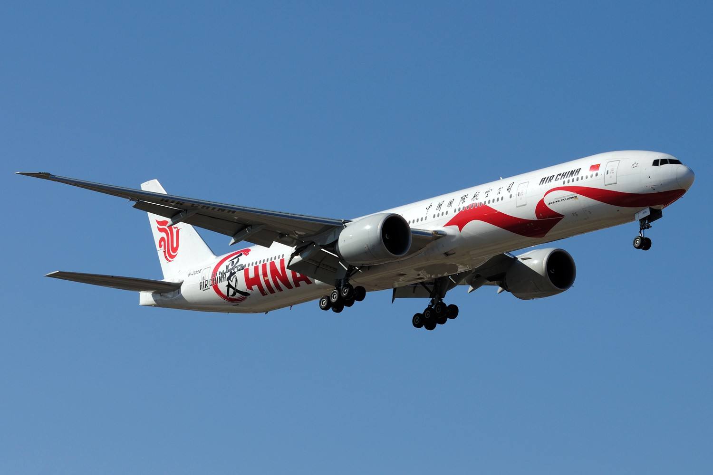 Re:[原创]【PEK】继续炒冷饭,PEK杂图一组 BOEING 777-300ER B-2006 中国北京首都国际机场