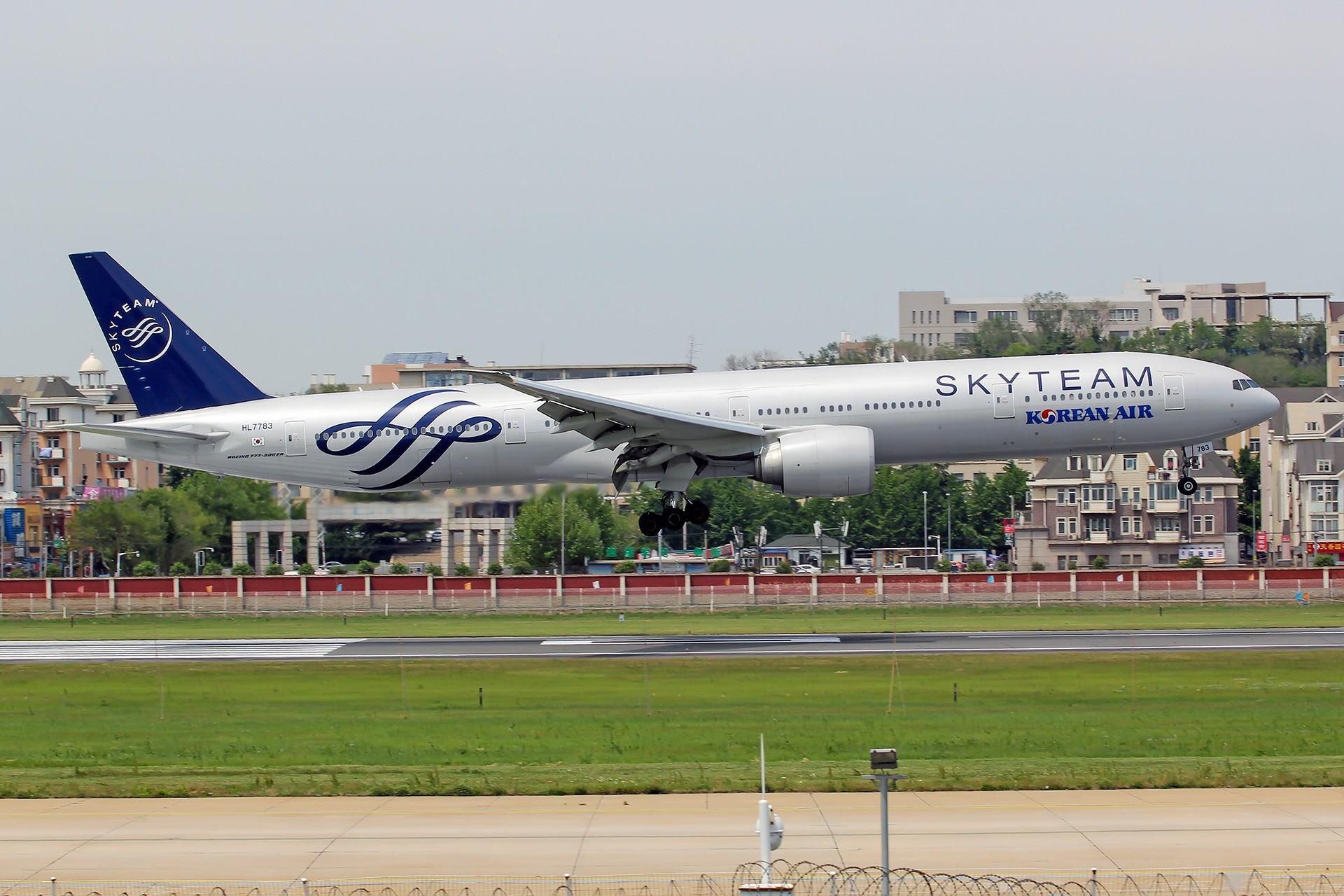 [原创][DLC]。。。大韩航空天合联盟777-300ER HL7783。。。 BOEING 777-300ER HL7783 中国大连国际机场