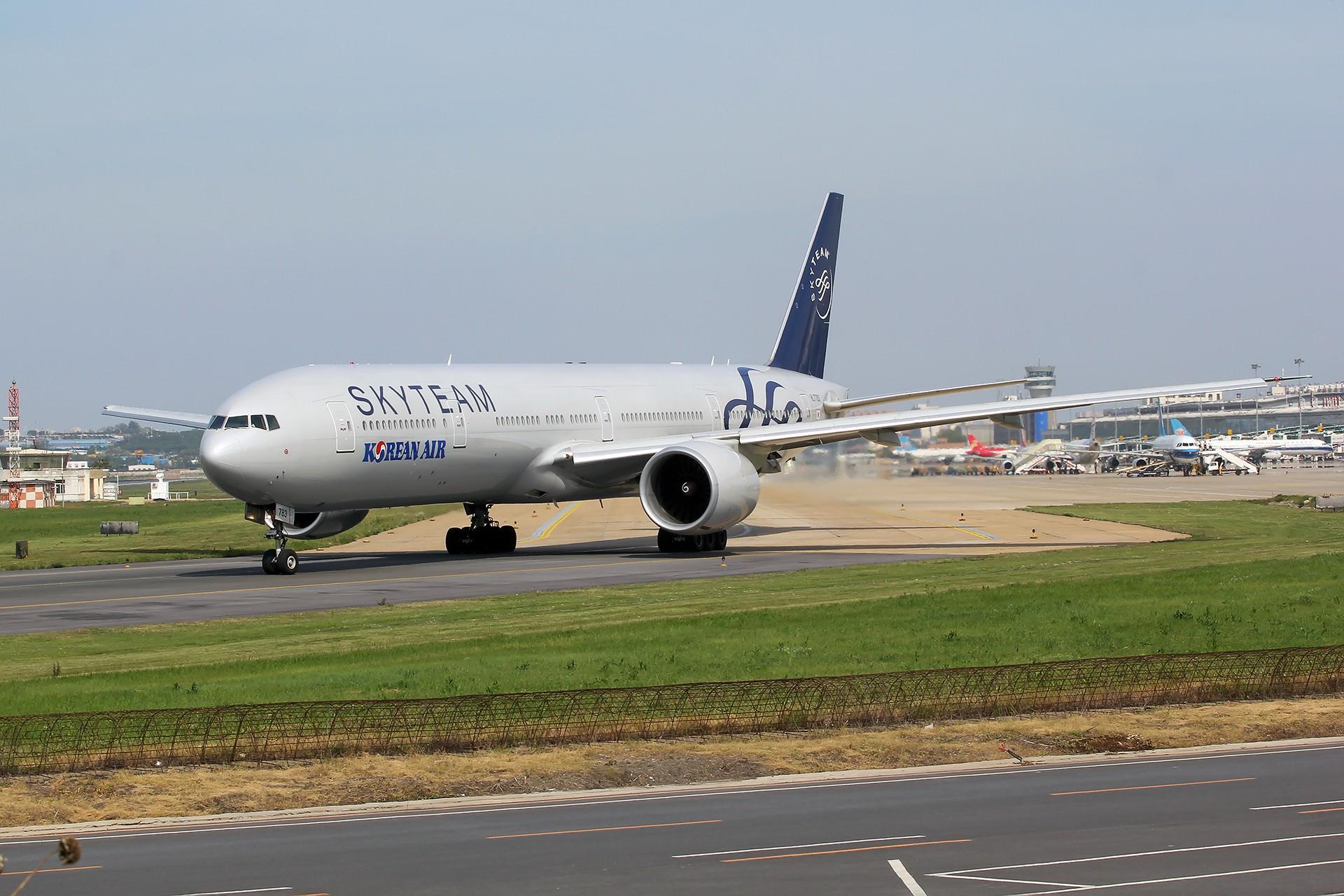Re:[原创][DLC]。。。大韩航空天合联盟777-300ER HL7783。。。 BOEING 777-300ER HL7783 中国大连国际机场