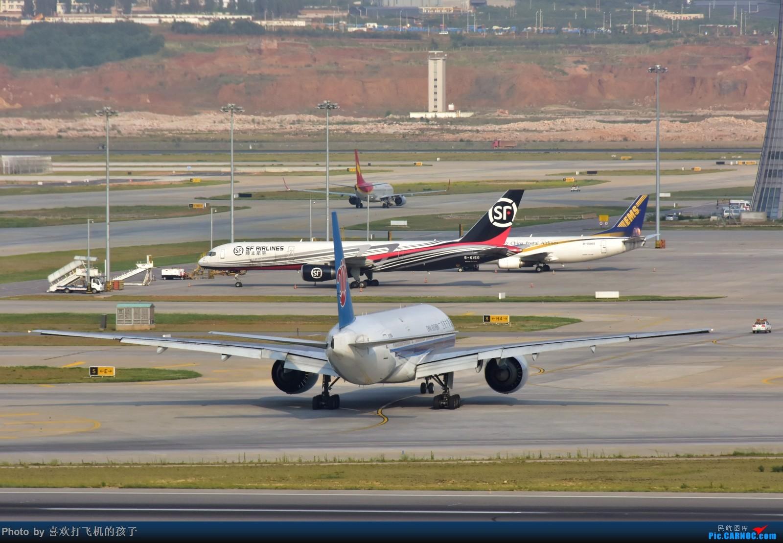Re:[原创]【机机的飞飞】长水好天,南航波音777-200 BOEING 777-200 B-2054 中国昆明长水国际机场