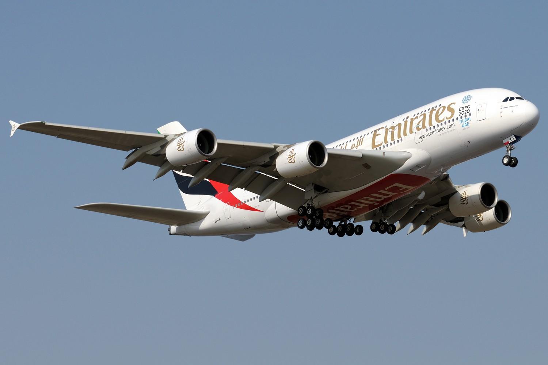Re:[原创]【PVG】浦东常规货一组,飞机还是要拍,冷饭还是要炒 AIRBUS A380-800 A6-EEJ 中国上海浦东国际机场