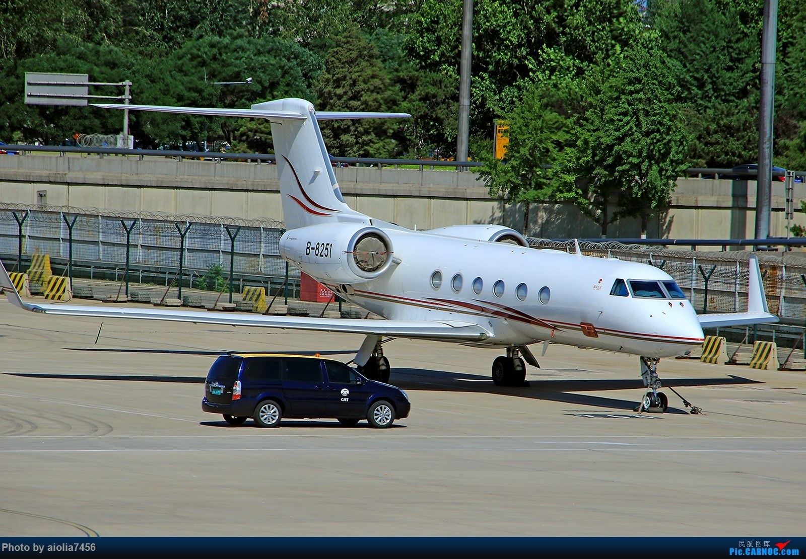 Re:[原创]【合肥飞友会】西行归来第二弹--西行拍机 GULFSTREAM G450 B-8251 中国北京首都国际机场