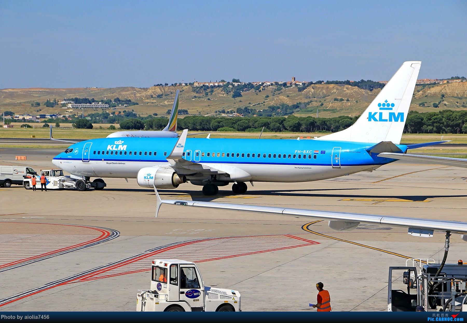Re:[原创]【合肥飞友会】西行归来第二弹--西行拍机 BOEING 737-800 PH-BXC 西班牙马德里机场
