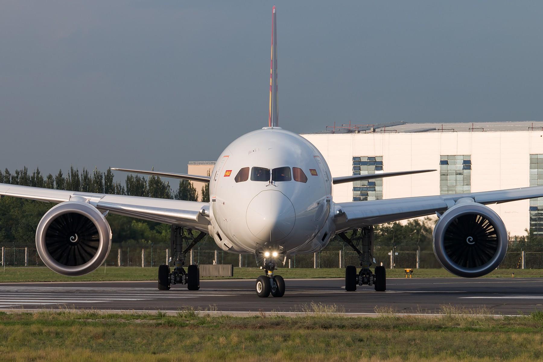 海南航空 B-7880 B787-9 1800*1200 BOEING 787-9 B-7880 中国北京首都国际机场