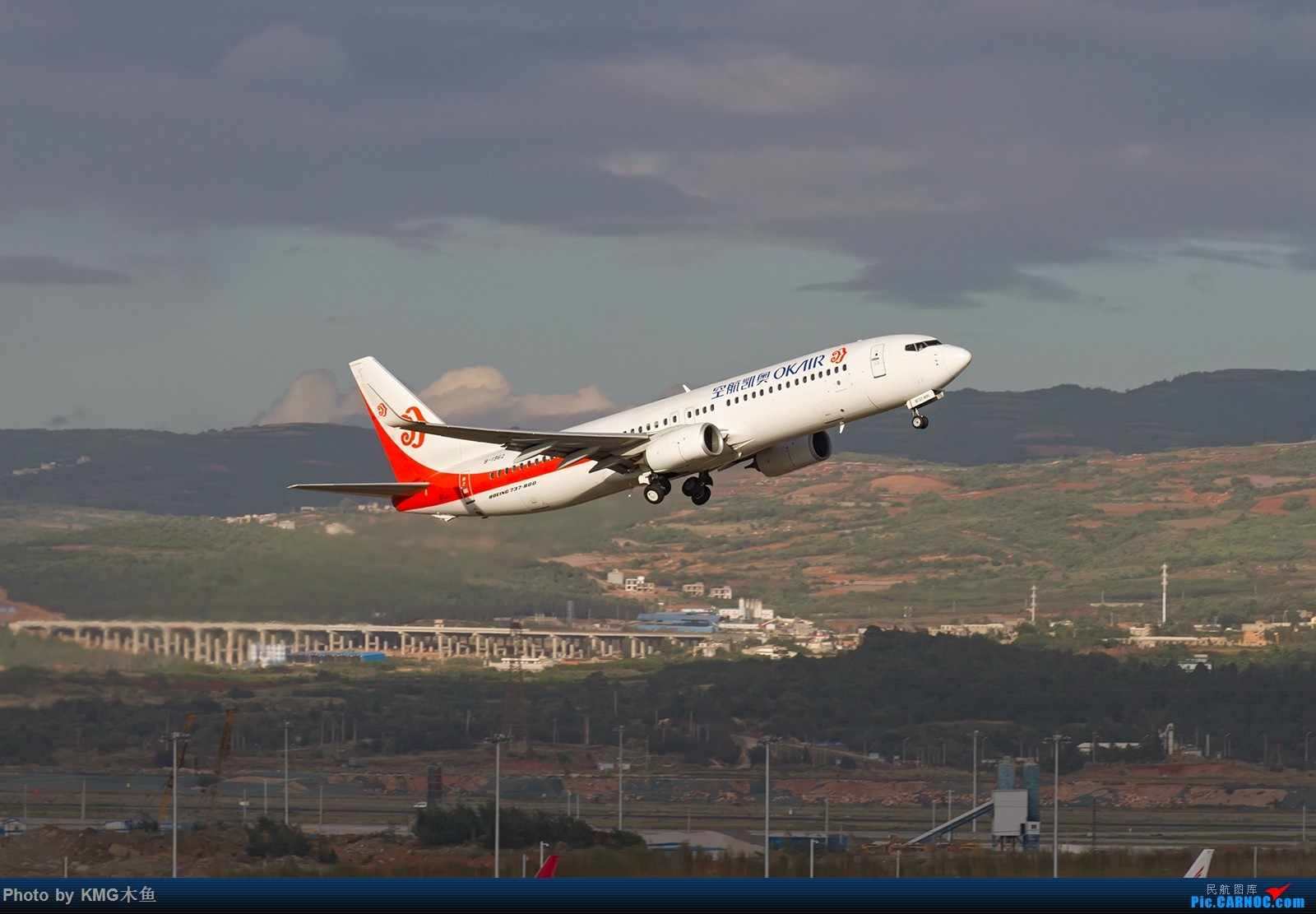 Re:[原创]【昆明长水国际机场】到处都在建设,空港经济发展飞速呀 BOEING 737-800 B-1962 中国昆明长水国际机场