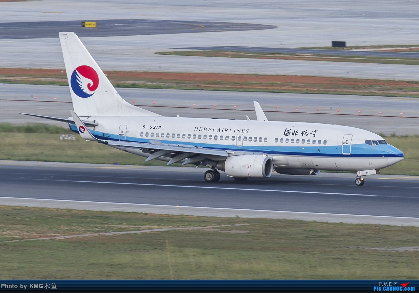 Re:[原创]【昆明长水国际机场-KMG木鱼拍机】为啥PS图片很清晰,上传以后图像变虚了。 BOEING 737-700 B-5212 中国昆明长水国际机场