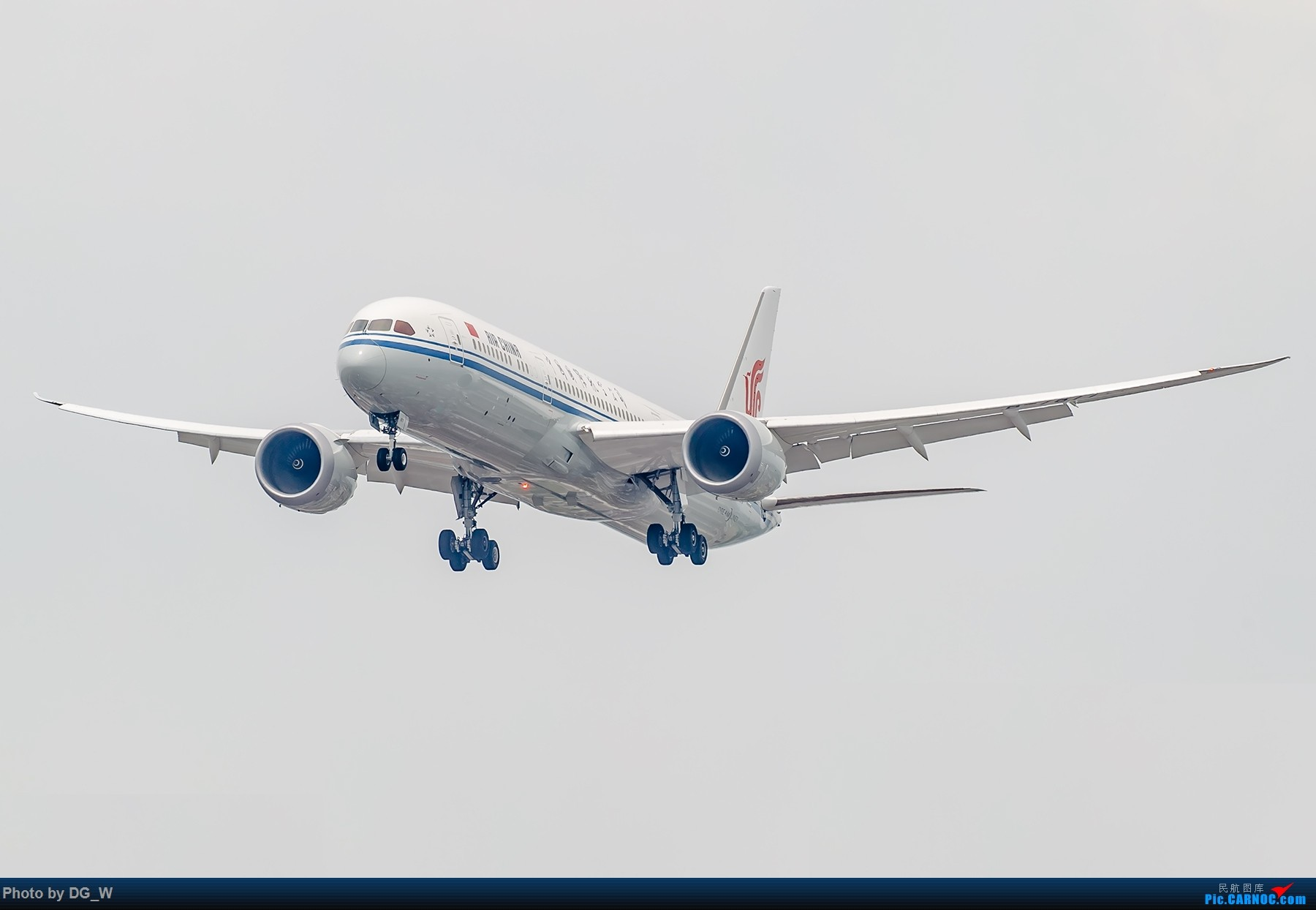 Re:[原创]【南宁飞友】两月之内三次虹桥拍机,大雨中的吹水,水泥天的迪斯尼,晚点的789,不期而遇的ARJ BOEING 787-9 B-7877 中国上海虹桥国际机场