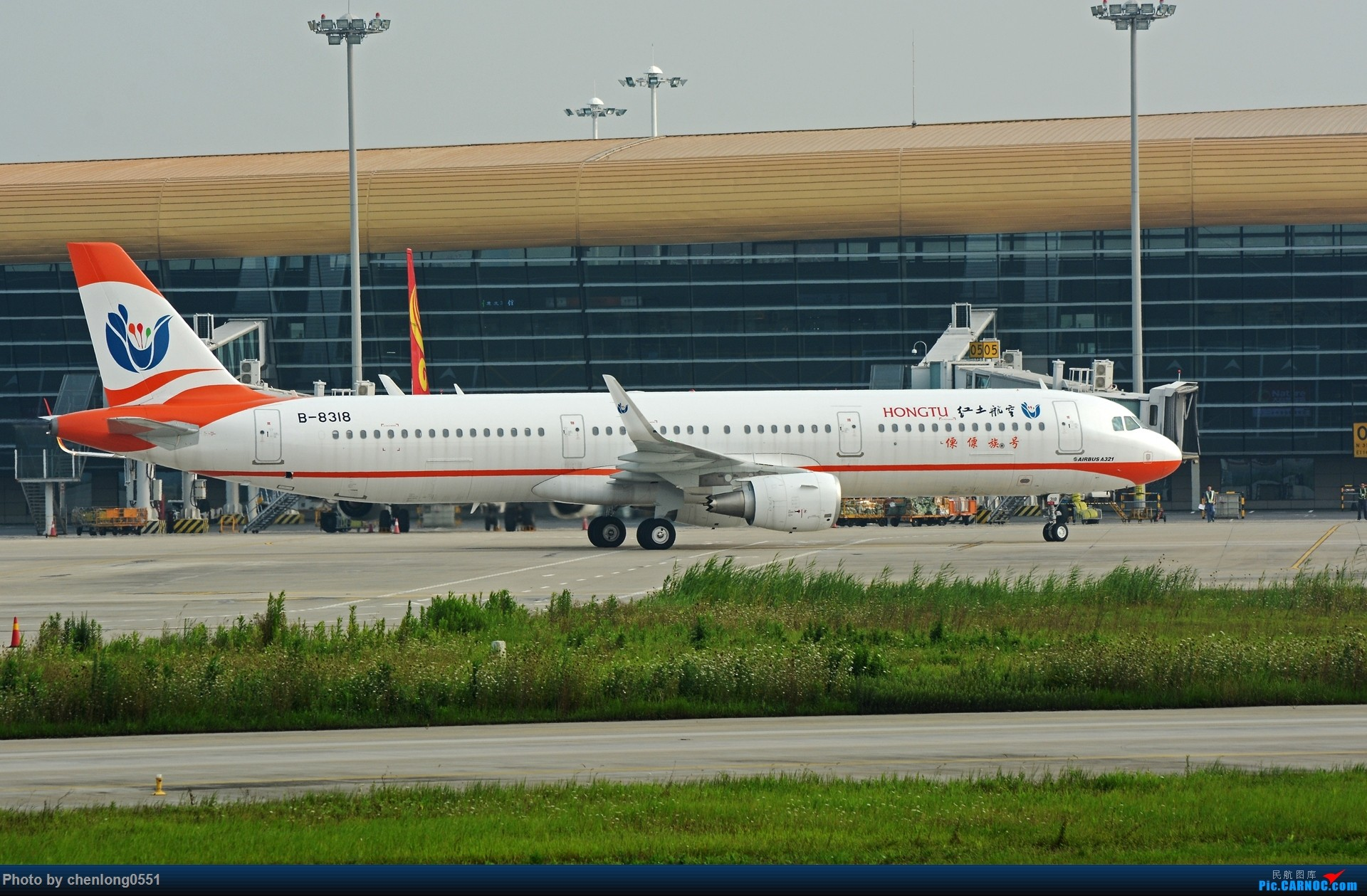 Re:[原创]【合肥飞友会】不经意的一次拍机解决了不少有无 AIRBUS A321-200 B-8318 中国合肥新桥国际机场