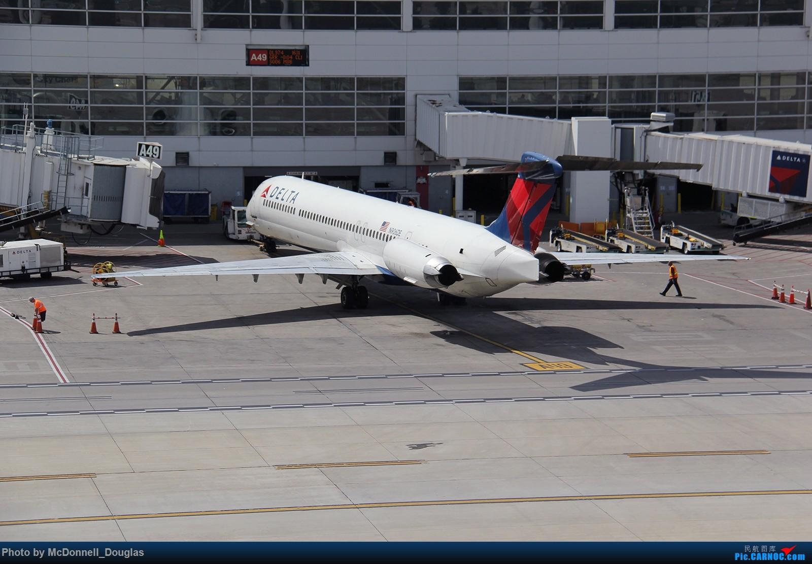 Re:[原创]【上海飞友会】图会很多,也有很多驾驶舱,杂七杂八的美帝,梦寐以求的圣马丁,这更绝不弃贴,前十个id砸飞机砸一个返一个【驾驶舱已出现】 MCDONNELL DOUGLAS MD-90-30 N906DA 美国底特律都会韦恩郡机场