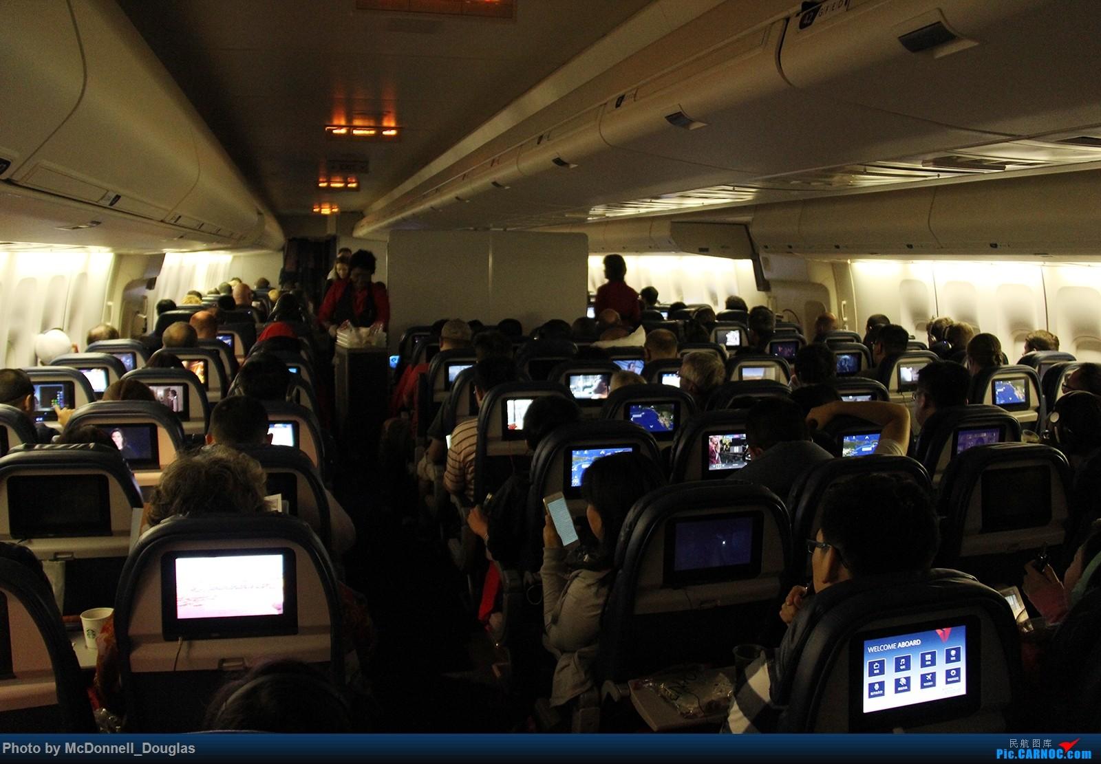 Re:[原创]【上海飞友会】图会很多,也有很多驾驶舱,杂七杂八的美帝,梦寐以求的圣马丁,这更绝不弃贴,前十个id砸飞机砸一个返一个 BOEING747-451 N673US