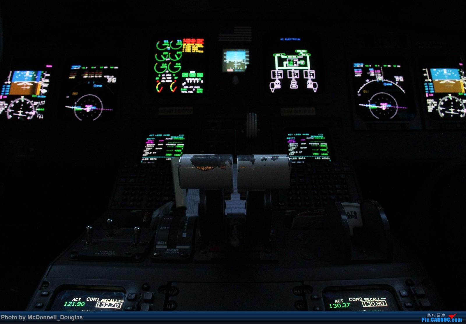 Re:[原创]【上海飞友会】图会很多,也有很多驾驶舱,杂七杂八的美帝,梦寐以求的圣马丁,这更绝不弃贴【驾驶舱已出现】 CANADAIR CL-602-2D24 REGIONAL JET CRJ-900LR N554CA 美国芝加哥奥黑尔国际机场
