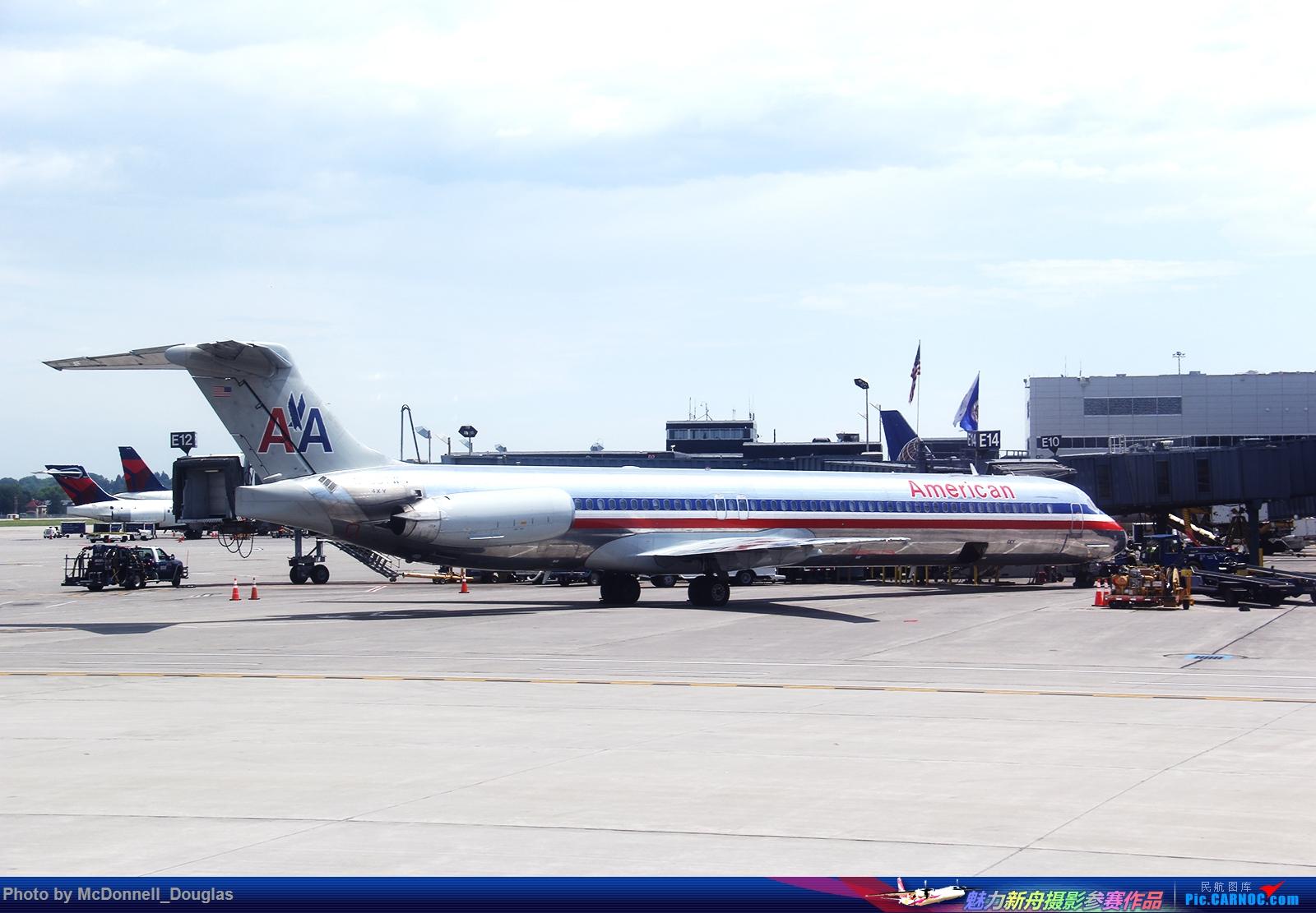 Re:[原创]【上海飞友会】图会很多,也有很多驾驶舱,杂七杂八的美帝,梦寐以求的圣马丁,这更绝不弃贴【驾驶舱已出现】 MCDONNELL DOUGLAS MD-83(DC-9-SUPER80-83) N966TW 美国明尼阿波利斯—圣保罗机场