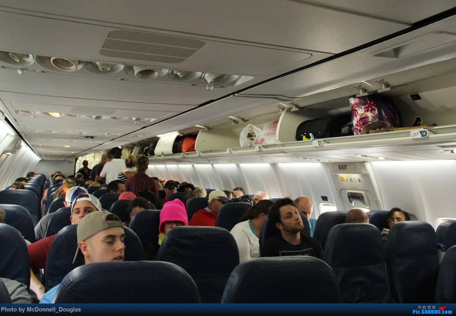 Re:[原创]【上海飞友会】图会很多,也有很多驾驶舱,杂七杂八的美帝,梦寐以求的圣马丁,这更绝不弃贴【驾驶舱已出现】【已更新至圣马丁部分】 BOEING737-732 N301DQ 美国亚特兰大哈兹菲尔德-杰克逊国际机场