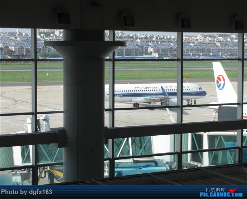 Re:[原创]【dgfx163的游记(10)】中国东方航空 A320-200 大连DLC-西安XIY MU2298 第10集 感动与收获 飞行是一场修行,体验,享受... AIRBUS A320-200 B-6571 中国大连国际机场