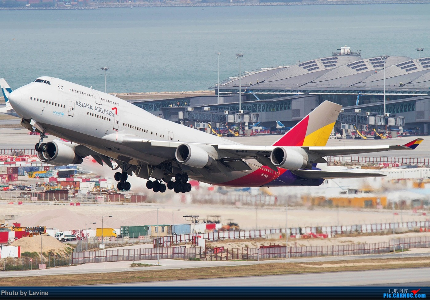 Re:[原创]今冬沙螺湾 迟来的图片 BOEING 747-400 HL7421 中国香港国际机场