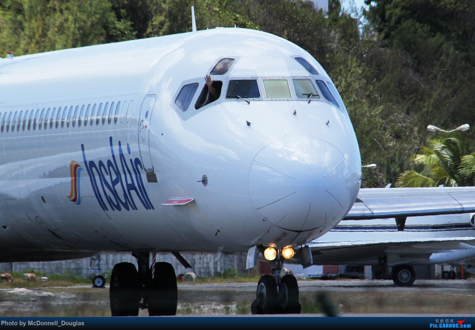 Re:【上海飞友会】出国转转拍拍机系列----第二弹:圣马丁篇 MCDONNELL DOUGLAS MD-82 PJ-MDE 荷属安的列斯群岛朱利安娜公主机场