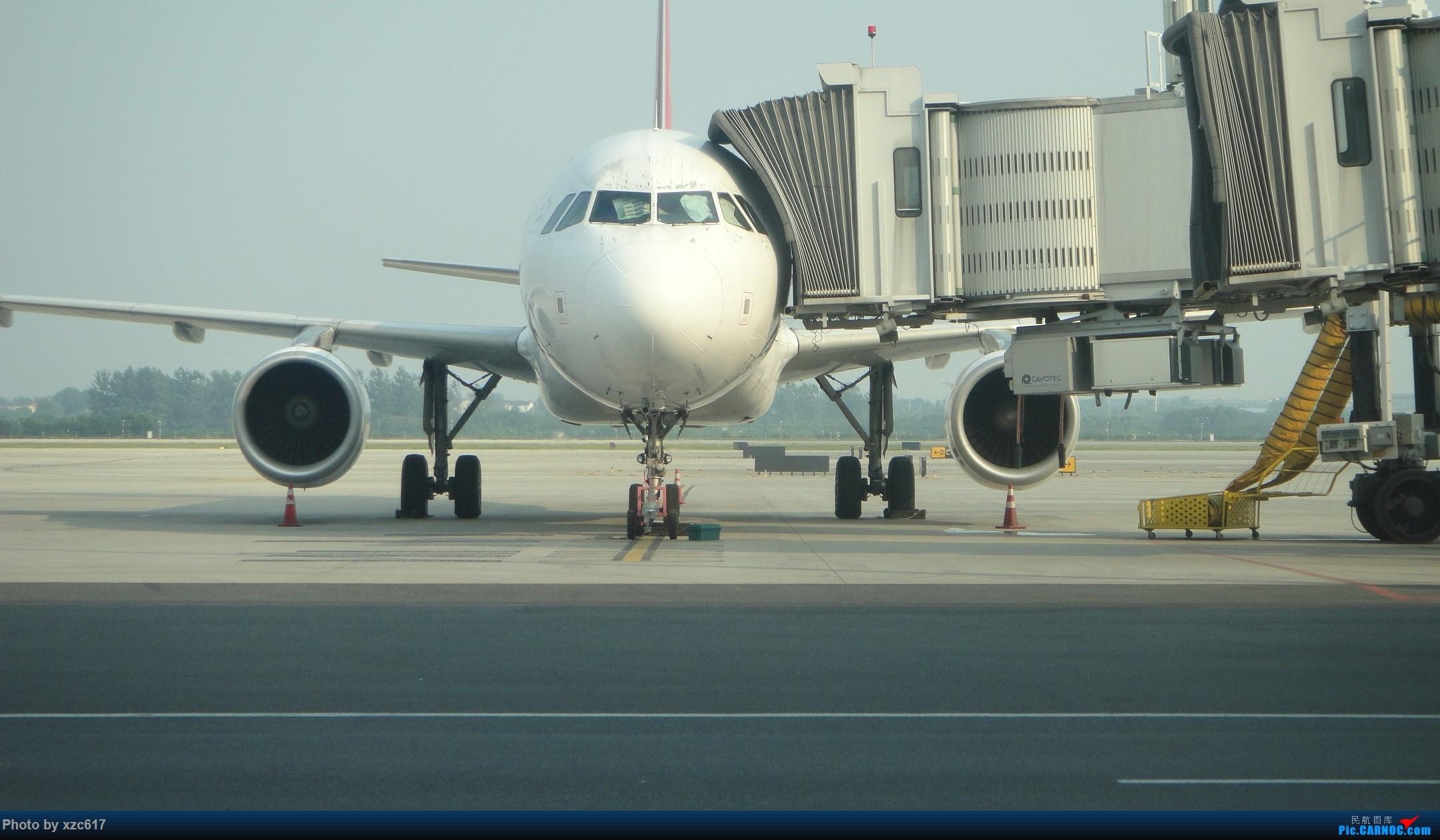 Re:[原创]xzc617的飞行游记 NO.1 由扬州到大连,平生第一次游海岛 AIRBUS A320-200  中国南京禄口国际机场