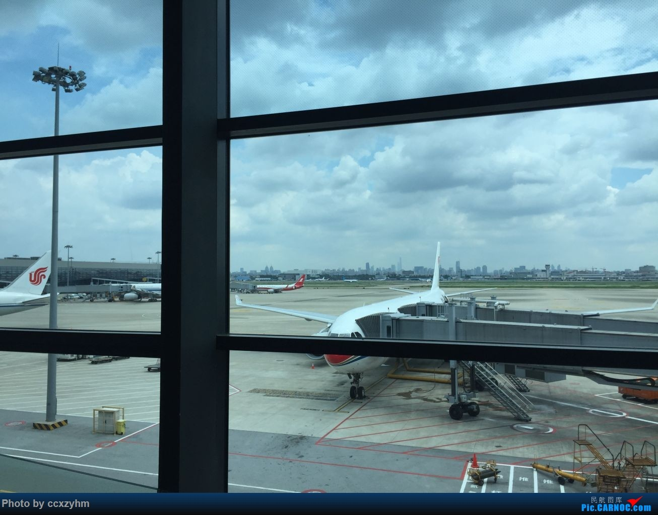 Re:[原创]论坛首发 京沪线上的国航789 高二升高三暑假短Break 空铁联运去北京    中国上海虹桥国际机场