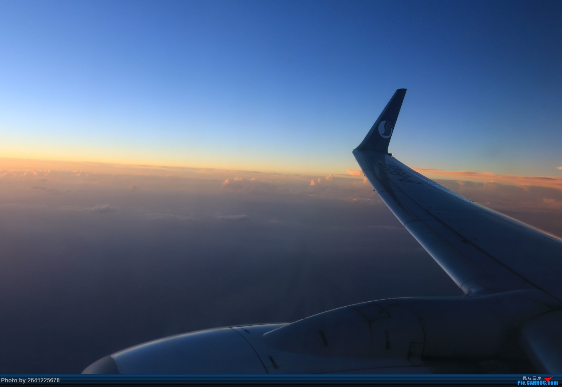 Re:[原创]【小周游记第3集】草原茫茫天地间,洁白的蒙古包散落在河边——内蒙古5天4飞半自由行(宽体与支线客机初体验)有flight log和驾驶舱哦(正在更新)