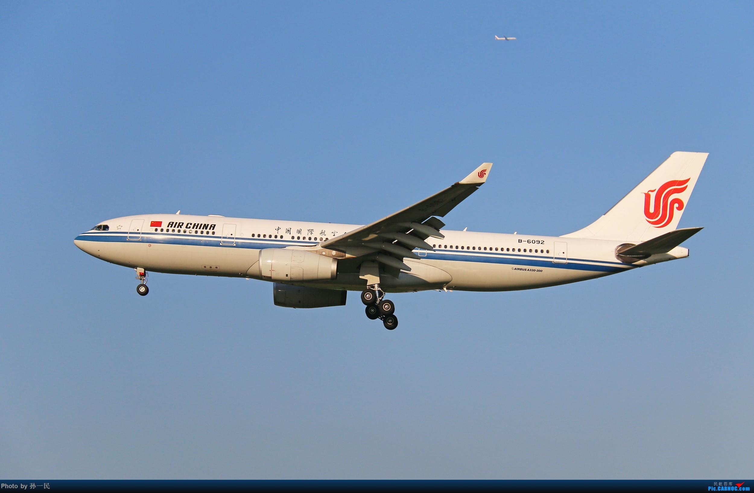 Re:[原创]大晴天杂图一组 AIRBUS A330-200 B-6092 中国北京首都国际机场