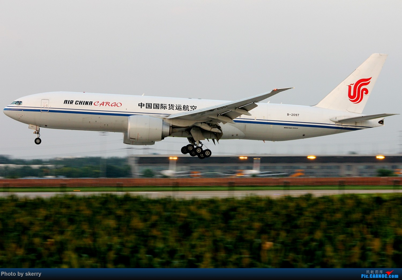 Re:[原创]【TSN天津飞友会】久违的好天气,久违的TSN 34R*** BOEING 777-200 B-2097 中国天津滨海国际机场
