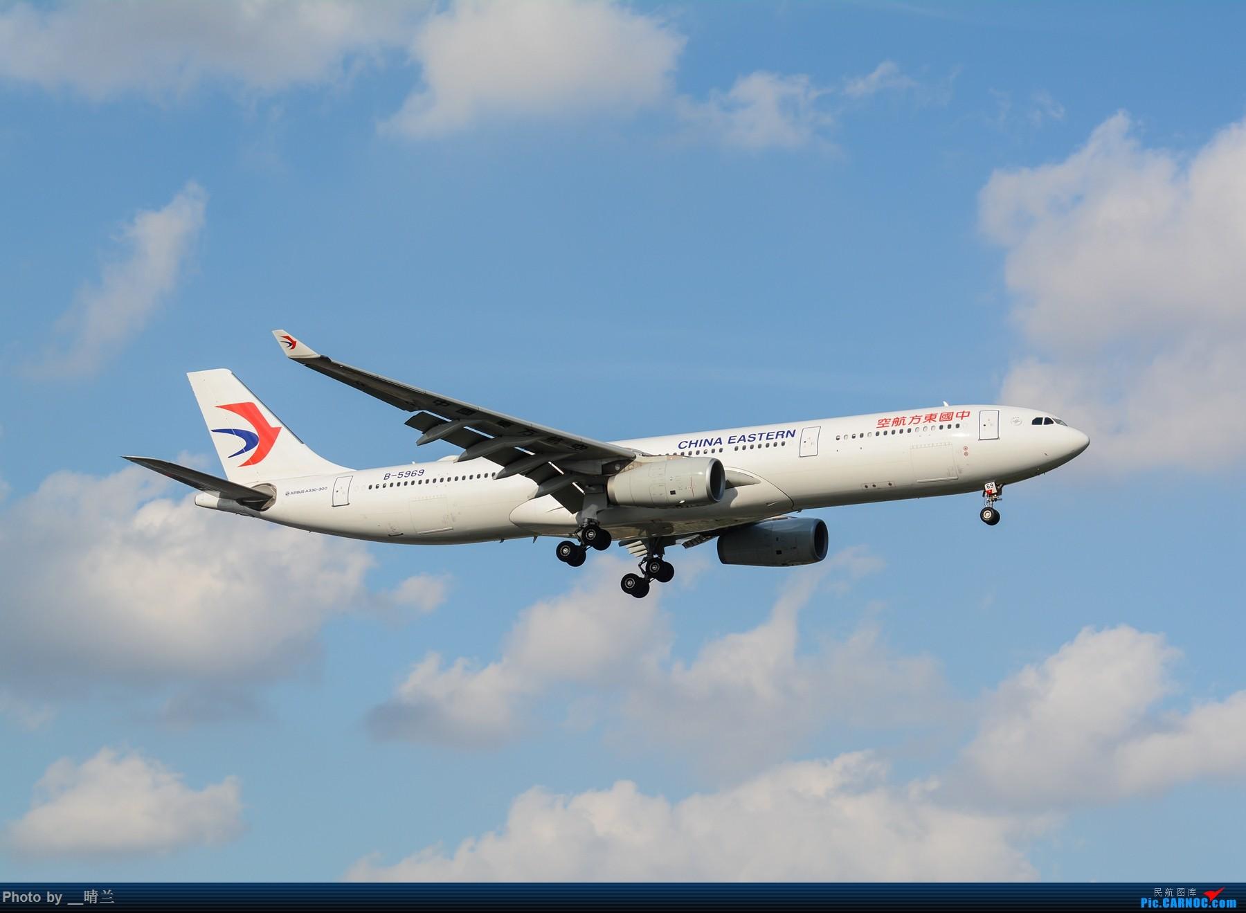 Re:[原创]果然昨天发了图,今天SHA就是大蓝天~~最开心的事莫过于基友们一起拍机! AIRBUS A330-300 B-5969 中国上海虹桥国际机场