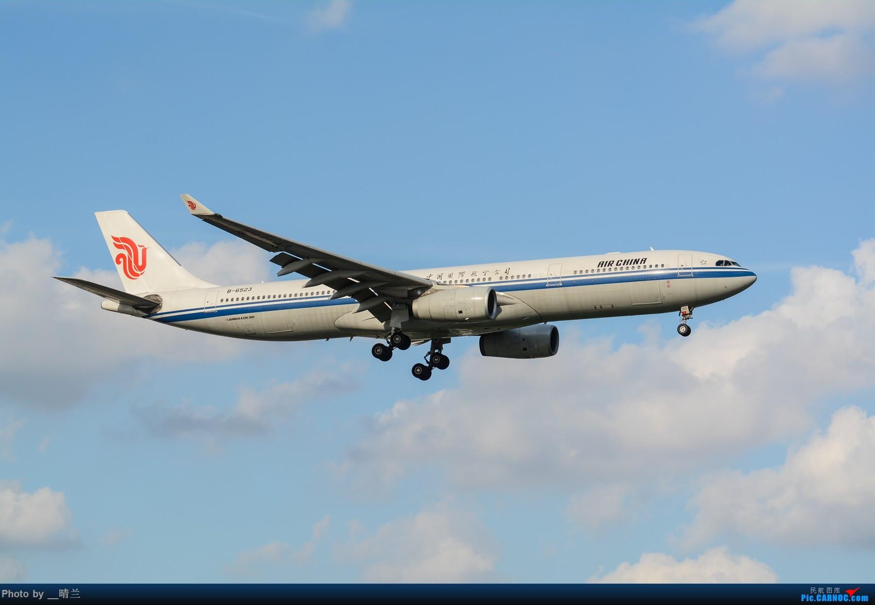 Re:[原创]果然昨天发了图,今天SHA就是大蓝天~~最开心的事莫过于基友们一起拍机! AIRBUS A330-300 B-6523 中国上海虹桥国际机场