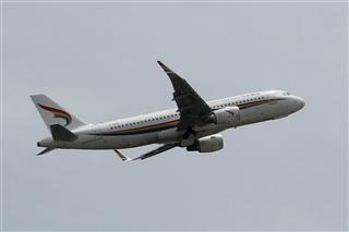 Re:【三图党】1800*1200 藏航飞机 B-8419