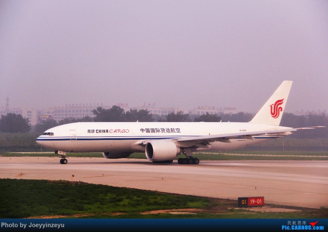 Re:[原创]帝都机场大拍机,烂天好货多,收录各种远程机型及外航,青瓷小飞机 BOEING 777-200 B-2091 中国北京首都国际机场