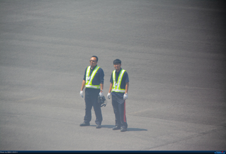 Re:[原创]迟到帖--空铁联运,空客380商务舱初体验     机务