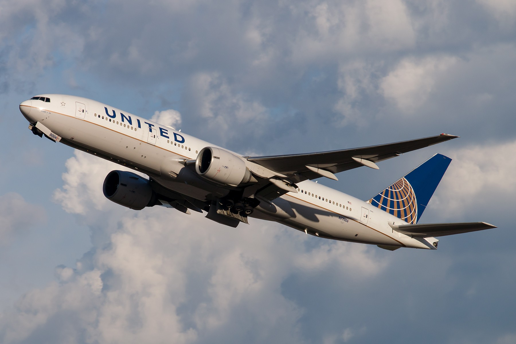 [一图党] 美国联合航空 N77006 B777-200ER 1800*1200 BOEING B777-200ER N77006 中国北京首都国际机场