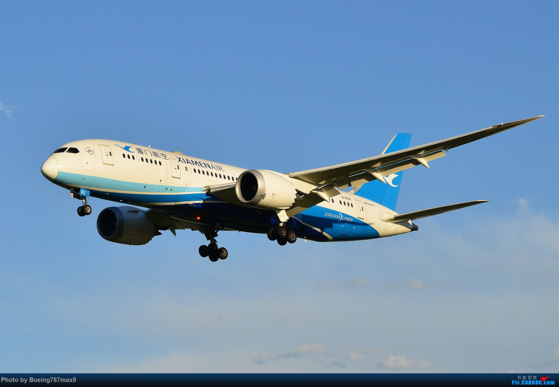 Re:[原创]【PEK】雨后天晴+超级震撼=厦门航空787-8 Dreamliner[1800*高清大图] BOEING 787-8 B-2762 中国北京首都国际机场