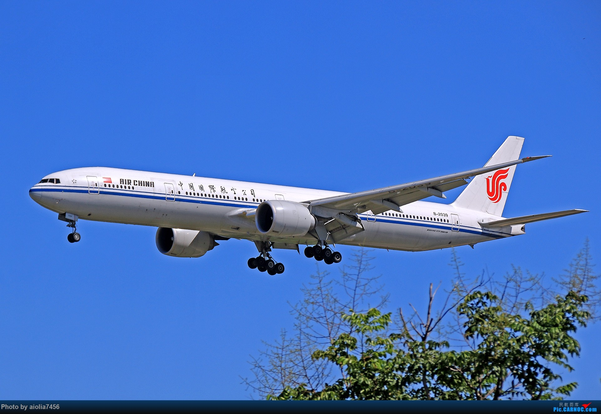 Re:[原创]合肥飞友会[霸都飞友会]冷风过境,吹回了久违的蓝天,而我刚刚好路过PEK BOEING 777-300ER B-2039 中国北京首都国际机场