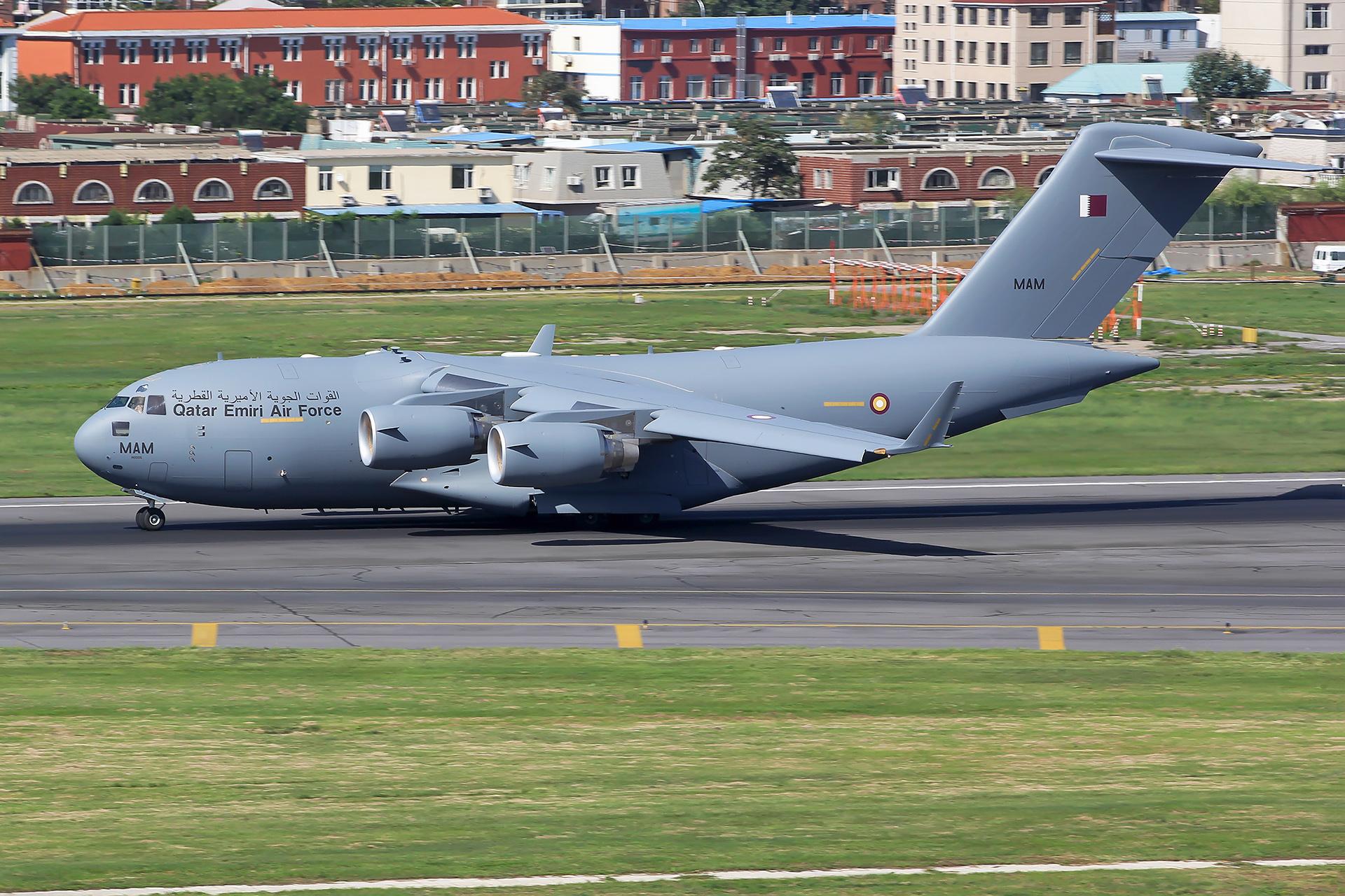 [原创][原创][DLC]。。。DLC C17。。。 BOEING C-17A GLOBEMASTER III A7-MAM 中国大连国际机场