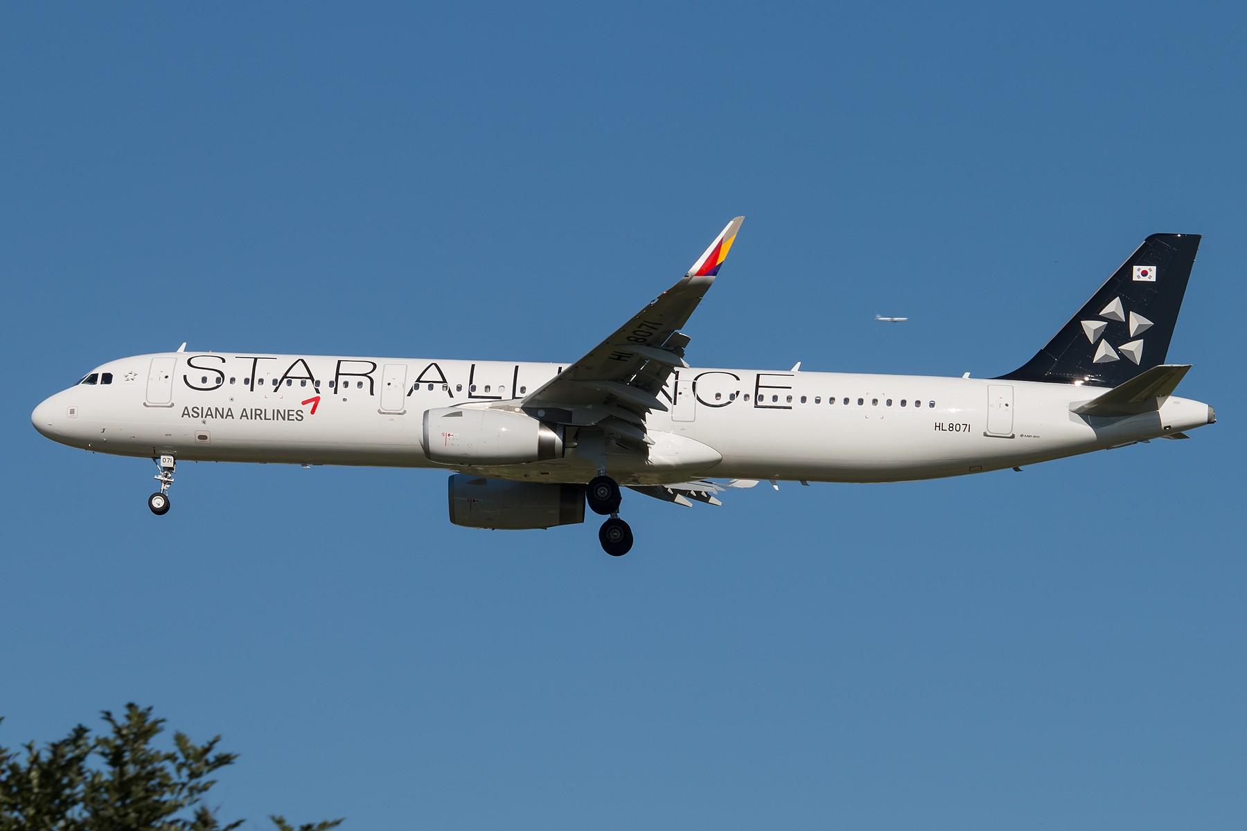 [原创][一图党] 韩亚航空 HL8071 A321星空联盟涂装机 1800*1200 AIRBUS A321-231 HL8071 中国北京首都国际机场