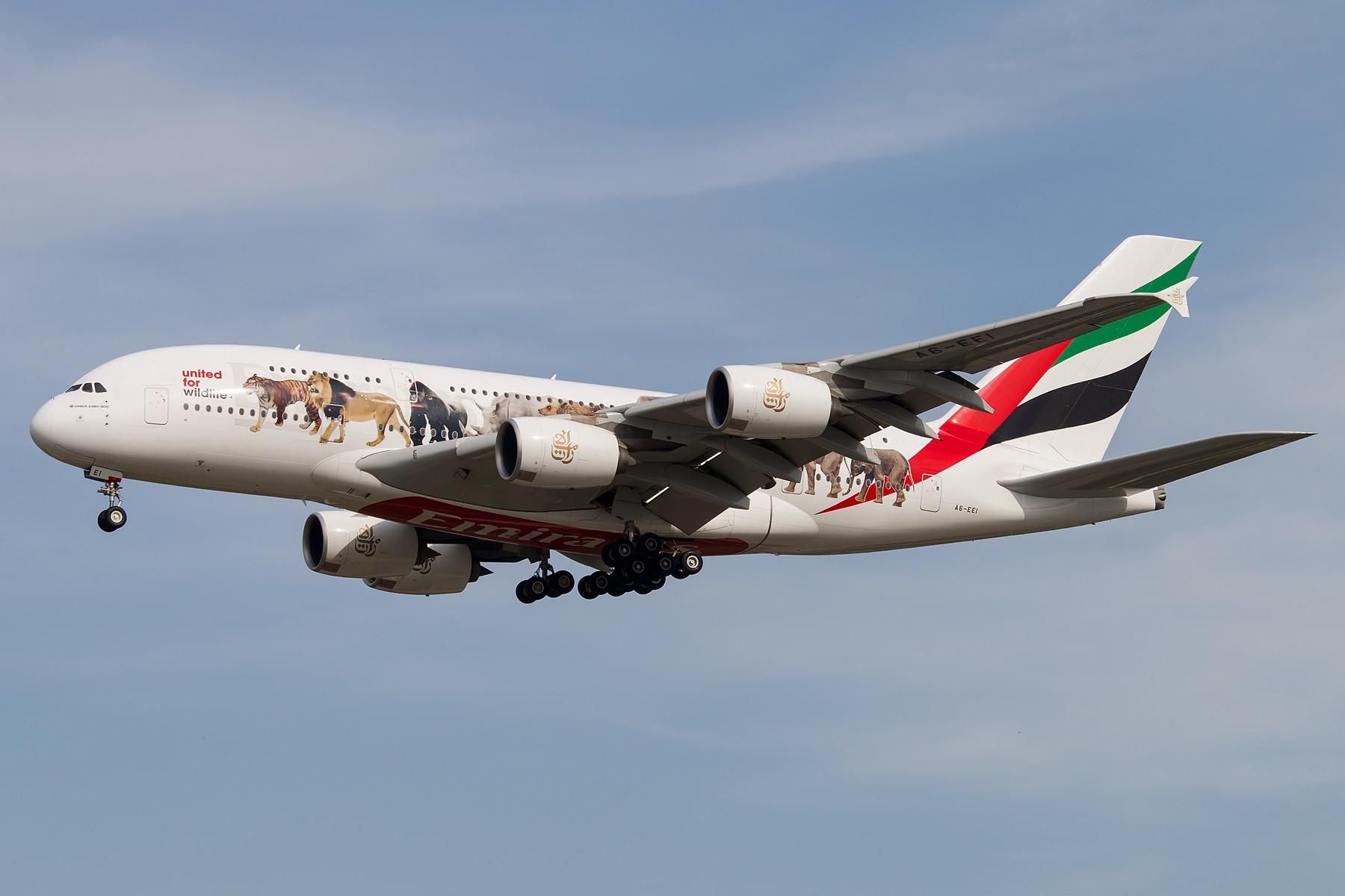 Re:[原创]杂图一组 1800*1200 AIRBUS A380-800 A6-EEI 中国北京首都国际机场