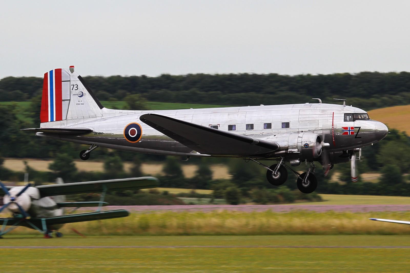 Re:[原创]【NKG/LHR/LCY/FFD/FAB/MAN/FRA/KIX】暑期临近尾声,大不列颠/霓虹流窜记回顾总结 DOUGLAS DC-3 LN-WND Imperial War Museum Duxford